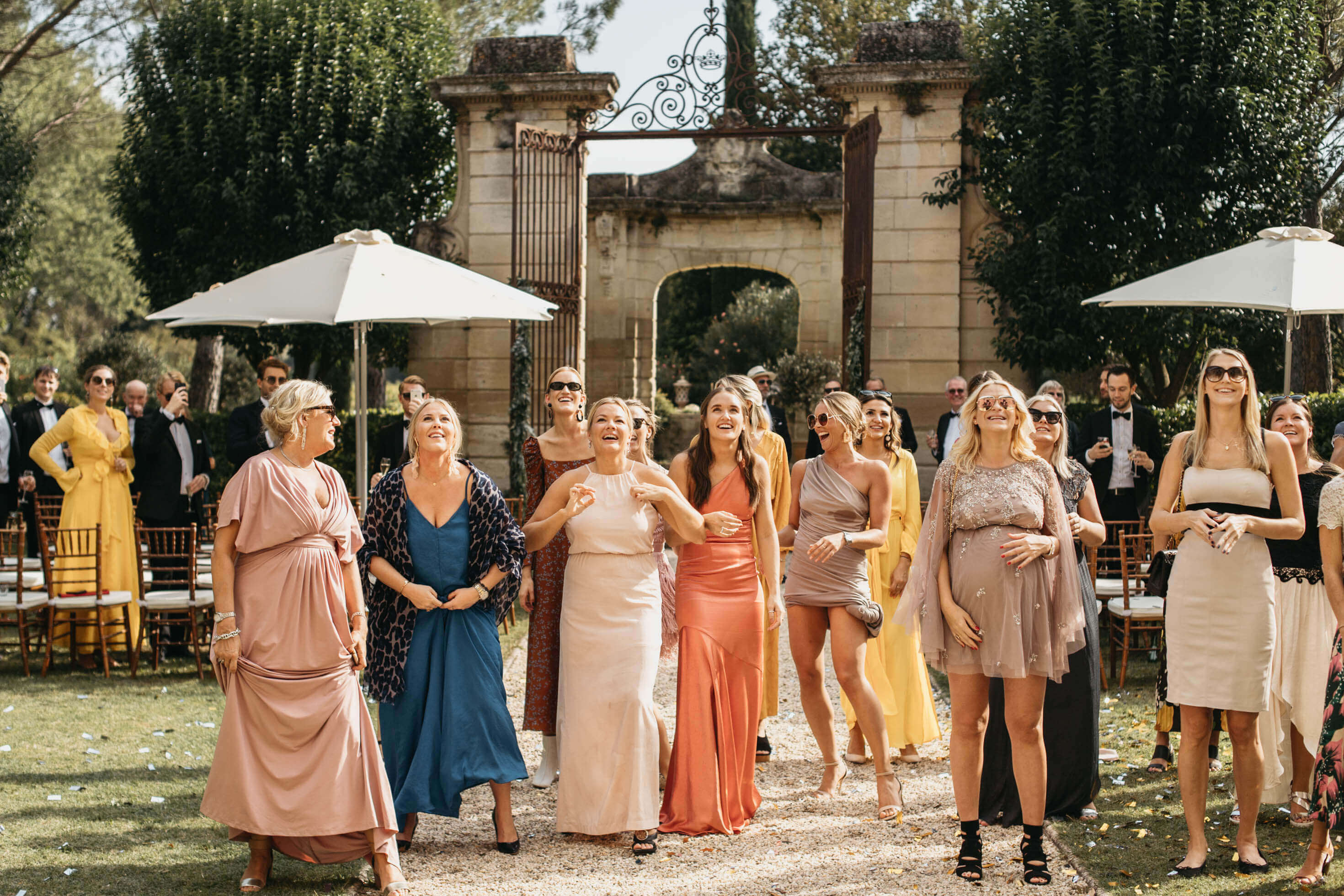 cb63ec41f3d Allt du behöver veta om klädkoder på bröllop - Her Hour